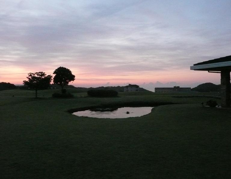 センタープレイスから見える朝焼け