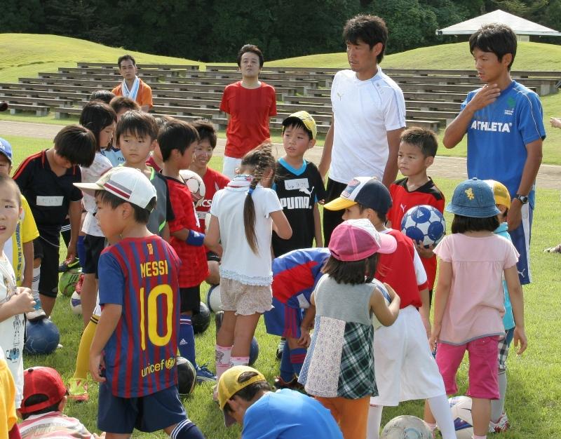 親子サッカー教室を開催しました!