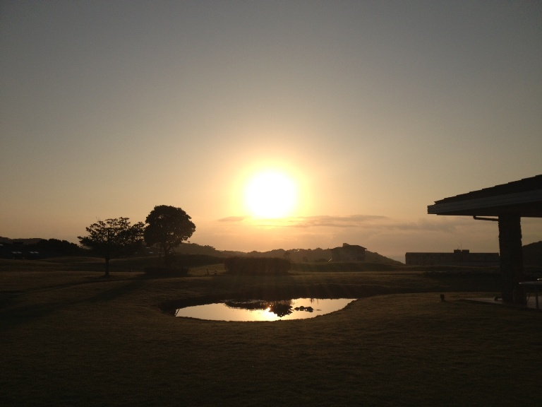 「9月22日 ~ センタープレイスから見える朝日 ~ 」