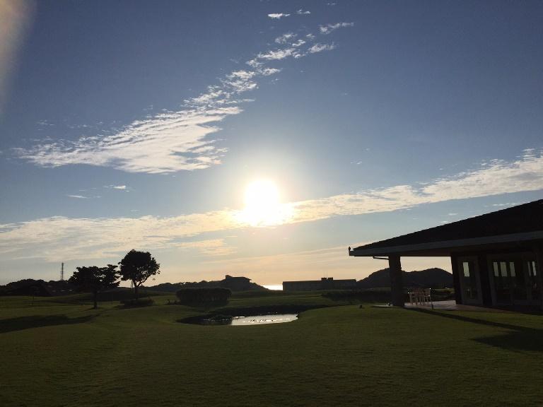 「 ~ センタープレイスから見える朝陽 ~ 」