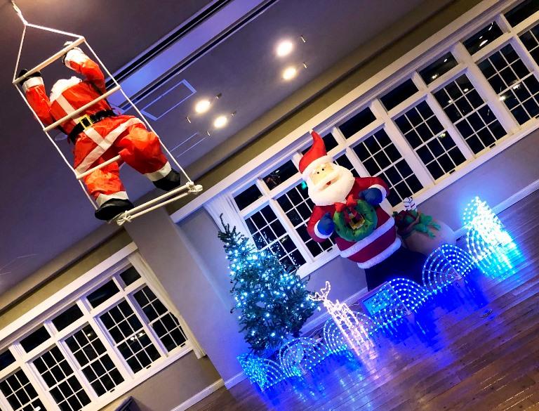 ~ クリスマスの飾り付け・研修棟ロビー ~