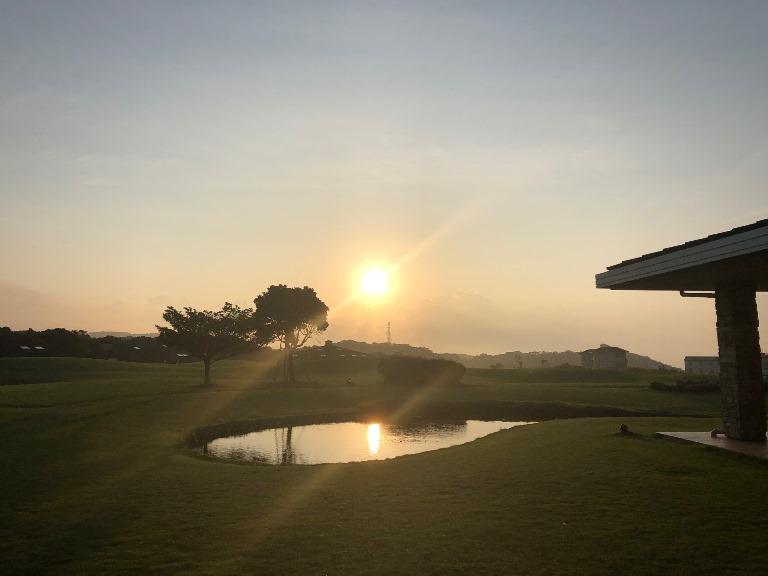 ~ センタープレイスから見える朝陽 ~